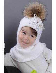 """Шапка-шлем для девочек белого цвета с бусинками """"Джоанна"""""""
